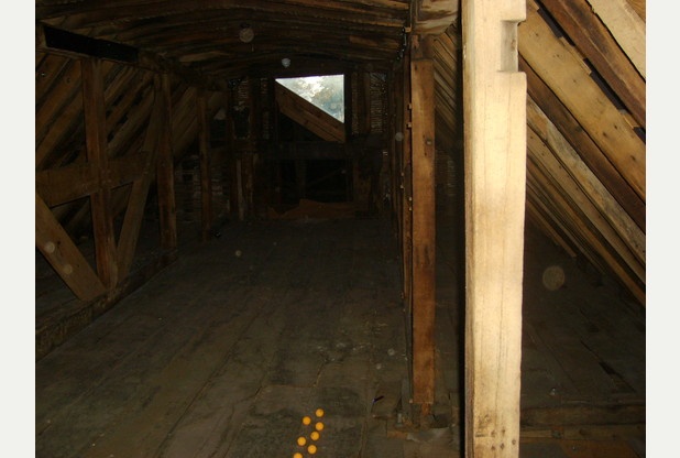 04.Antique Center.Westgate.Gloucester.Still.Lower loft.10 Orbs.02.11.16